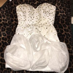Sherri Hill short formal dress.